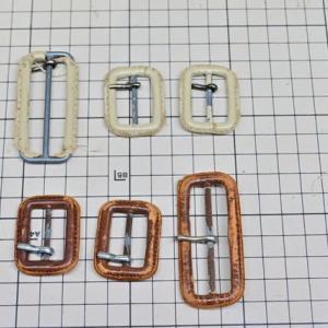 トレンチコート 革バックル修理