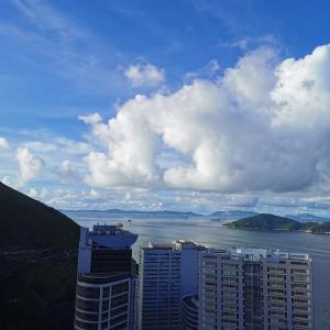 香港散策:玉桂山(Yuk Kwai Shan)。簡単な方の玉桂山は15分で気軽に登れて景色もそこそこ綺麗。運動嫌いな人にもおすすめなコース。
