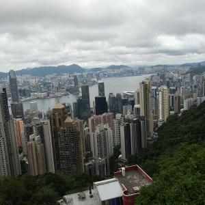 香港散策:戦争の傷跡、松林炮台(Pinewood Battery)。龍虎山カントリーパークで日本統治下の香港3年8ヶ月を考える。日本軍により破壊されたという防御砲台。香港と縁のあった日本の方には訪れて欲しいと思う場所。