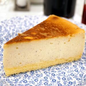 日本橋 JURIS TEA ROOMS の チーズケーキ