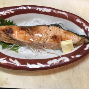 銀鮭のパター焼き  600円 (^-^)