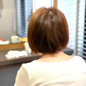 本当に綺麗な素髪の縮毛矯正ってなんだろう。