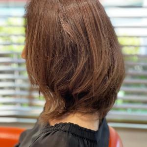 白髪も染めながら明るめのベージュ系に、注意点とお手入れ方法。