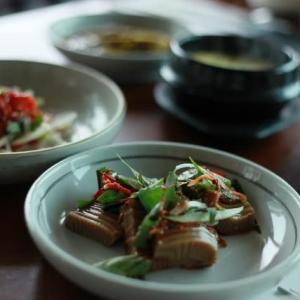 プサン☆女子旅4人 2013 最終日 月見の丘(タルマジギル)で見晴らしのいい韓定食屋