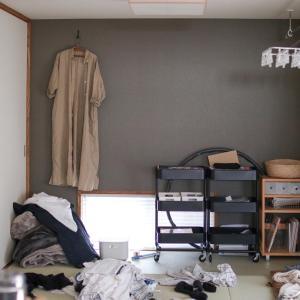 自粛中の部屋は…散らかってます。