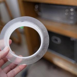 万能な魔法のテープで収納を整える。