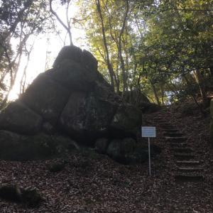妻木城 〜花崗岩の巨石群と節理〜