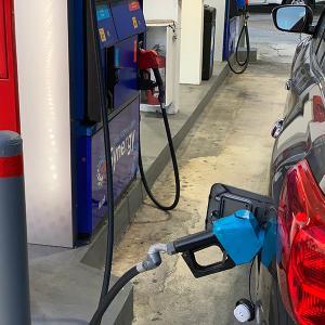 グアムレンタカーでガソリンの入れ方ご紹介!でも、日産レンタカーならガソリン給油は不要♡