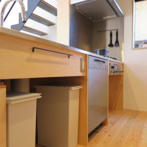 毎日の食器洗いを優しく美しく。★造作キッチン取付事例