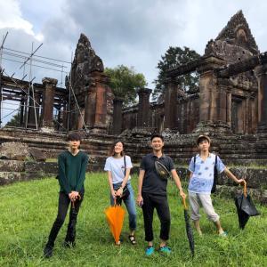 日本人大学生4名様 郊外遺跡プリアヴィヘアとコーケー遺跡群巡り