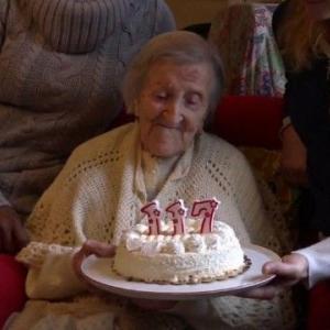 世界最高齢の女性、117歳に 食生活は「生卵とクッキー」