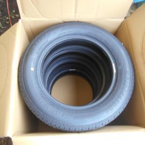 Amazonでお買い物 タイヤ」