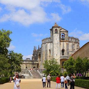 宮殿とアズレージョの旅-トマールのキリスト修道院