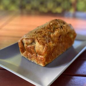 山羊チーズとクルミのケークサレ+今年初のポルチーニ
