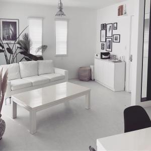 【部屋の模様替え】家具の配置斜めにしてみた!