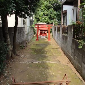 稲荷神社  狛江市猪方
