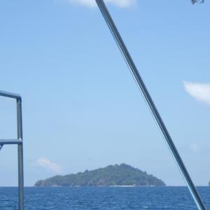 【コタキナバル】⑤サピ島で魚とたわむれる