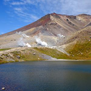 秋の北海道! 秘湯 芽登温泉と旭岳