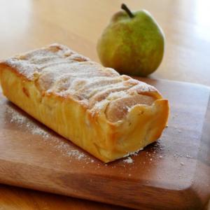 洋梨のアーモンドパウンドケーキ