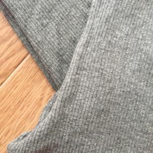 【無印良品】新商品のストレッチリブ十分丈レギンスの履き心地は?