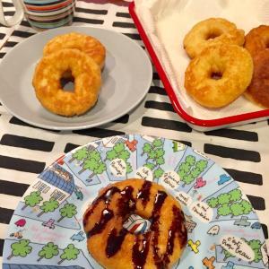 【日曜日の朝食】簡単ドーナツを作りました。
