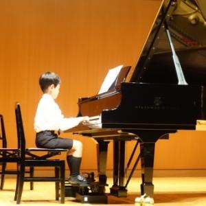 6歳息子のピアノ発表会〜練習の様子・当日の服装と息子〜
