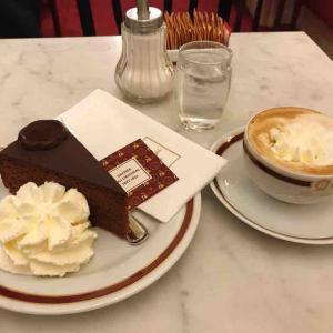 念願の、カフェ・ザッハーでザッハトルテ@ウィーン - 2019.11 ドイツ・オーストリア一人旅 vol.35
