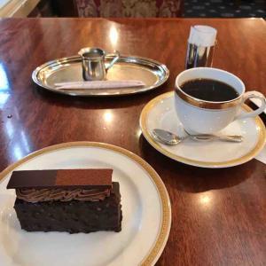読書とケーキとコーヒーが最高 銀座トリコロール@銀座