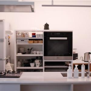 隠さないキッチンのすすめ!きれいに保つ仕組み!せっかくの対面キッチンなら手元は隠さない作戦。