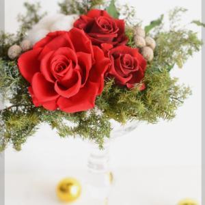 <生徒様作品>ガラスの花器で盛り上げるクリスマスディスプレイ♪