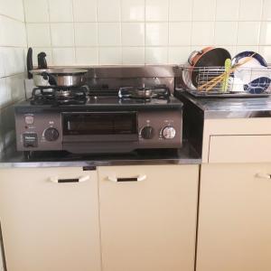 賃貸暮らしのキッチン(コンロ下収納)