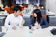 社内恋愛が多い職場は働きやすいって本当?