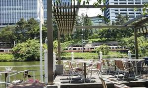 飯田橋のカナルカフェで電車を見ながらランチ