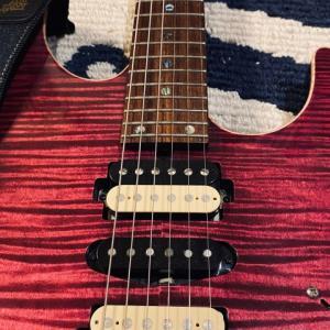 国産ギター。