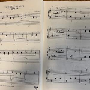 次は「初めてのギロック」で譜めくり練習