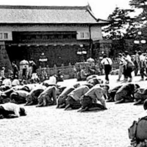 1945年8月18日、すでに停戦してる占守島守備隊にソ連軍は卑怯にも攻撃を仕掛けて来たゾ!!の巻