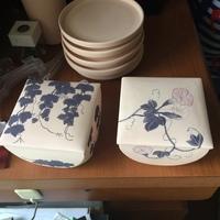 コロナの影響が。陶芸 陶箱の絵付け
