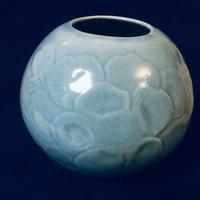 陶芸 尺皿の仕上げ。陶芸にお勧めの網目サンドペーパー。これさえあれば、細かな磁器土の仕上げが可能で失敗なし。