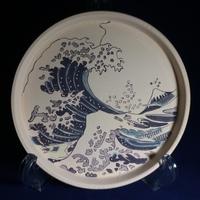 さくらの季節、陶芸の絵付け。日本の芸術・文化の発信のための絵付けを目指して。