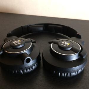 音源確認の為のヘッドフォン KRK KNS8400