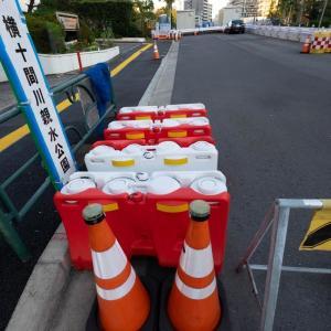 岩井橋(四谷怪談のお岩さんが流れ着いた場所)の架け替え工事現場