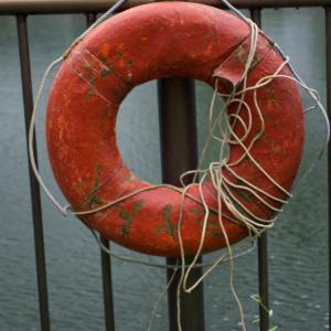 古びた浮き輪
