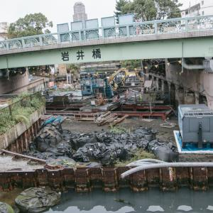 橋の架替工事現場