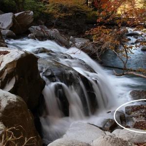 錦秋の山鶏滝渓谷 山鶏滝