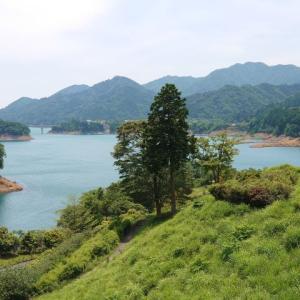 宮ヶ瀬湖とBLTEサンド
