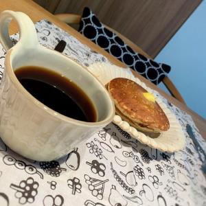 十六穀パンケーキ とハマっている益子焼きポチレポ