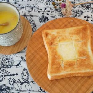 やっと買えたよ!人気のさくらパン皿 のみめで朝ごはん