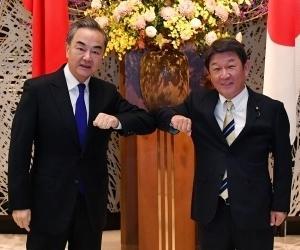 菅政権、来日した中国外相に要求ばかりの「塩対応」