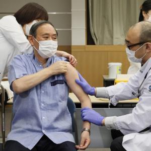 高齢者の50%近くが1回目接種、今後の焦点は若年層
