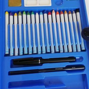 絵の具より楽チン、水彩色鉛筆